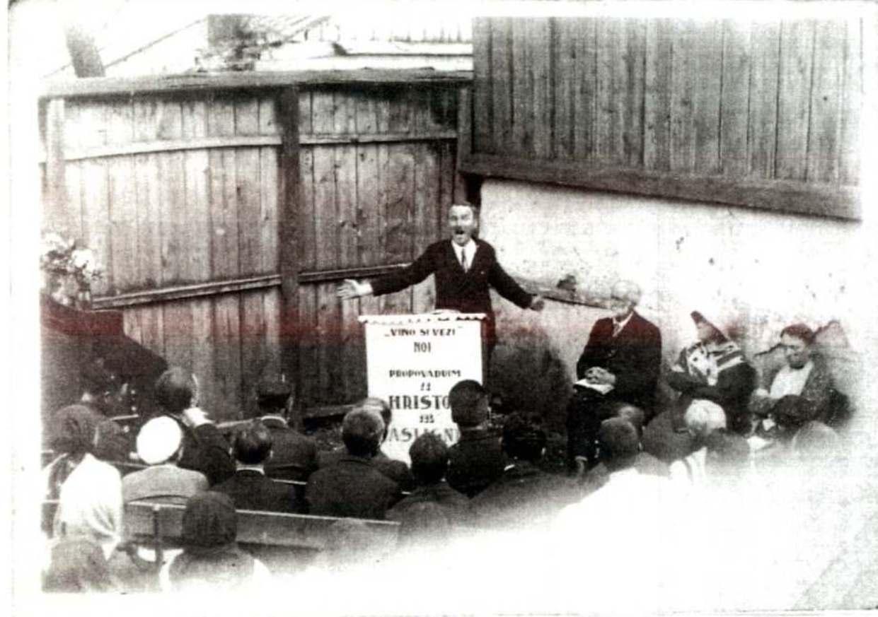 FLOREA MOISESCU SI EDMUND HAMER BROADBENT PREDICAND EVANGHELIA LA IASI IN ANUL 1919