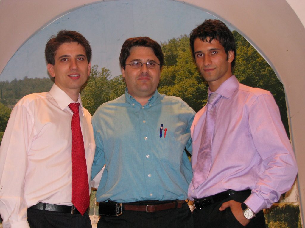 ADIEL SI TEO IMPREUNA CU OPERATORUL DE SUNET AL BISERICII CRESTINE DUPA EVANGHELIE ANTIOHIA IN 13 SEPTEMBRIE 2008