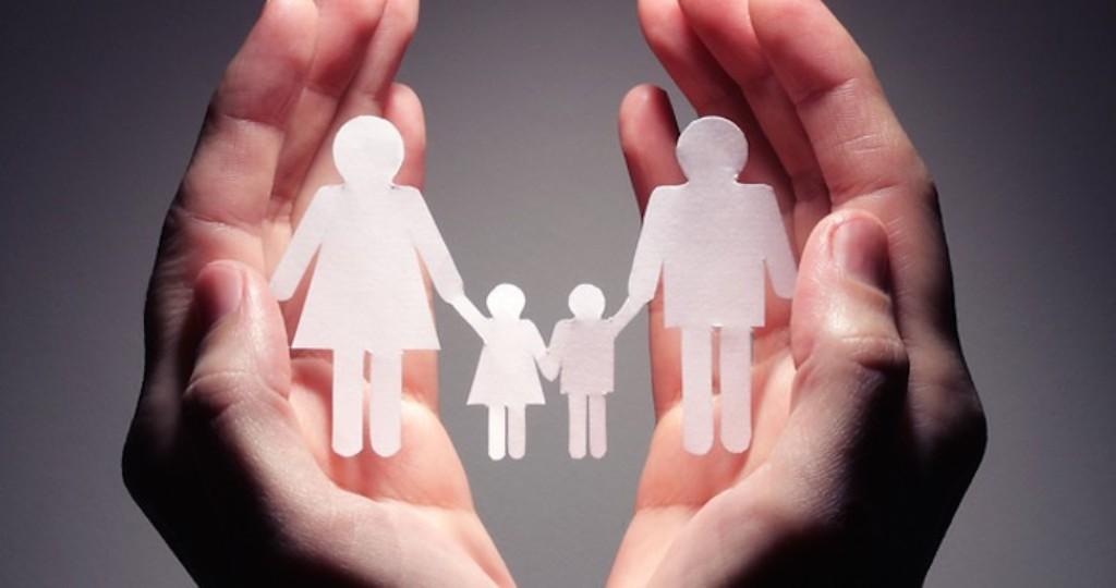 FAMILIA NATURALA TREBUIE PROTEJATA SI APARATA DE STATUL ROMAN