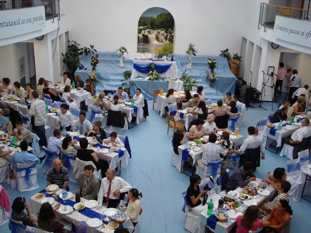 FRATII SI SURORILE IN HRISTOS SE BUCURAU IMPREUNA IN BISERICA ANTIOHIA - 2 SEPTEMBRIE 2007
