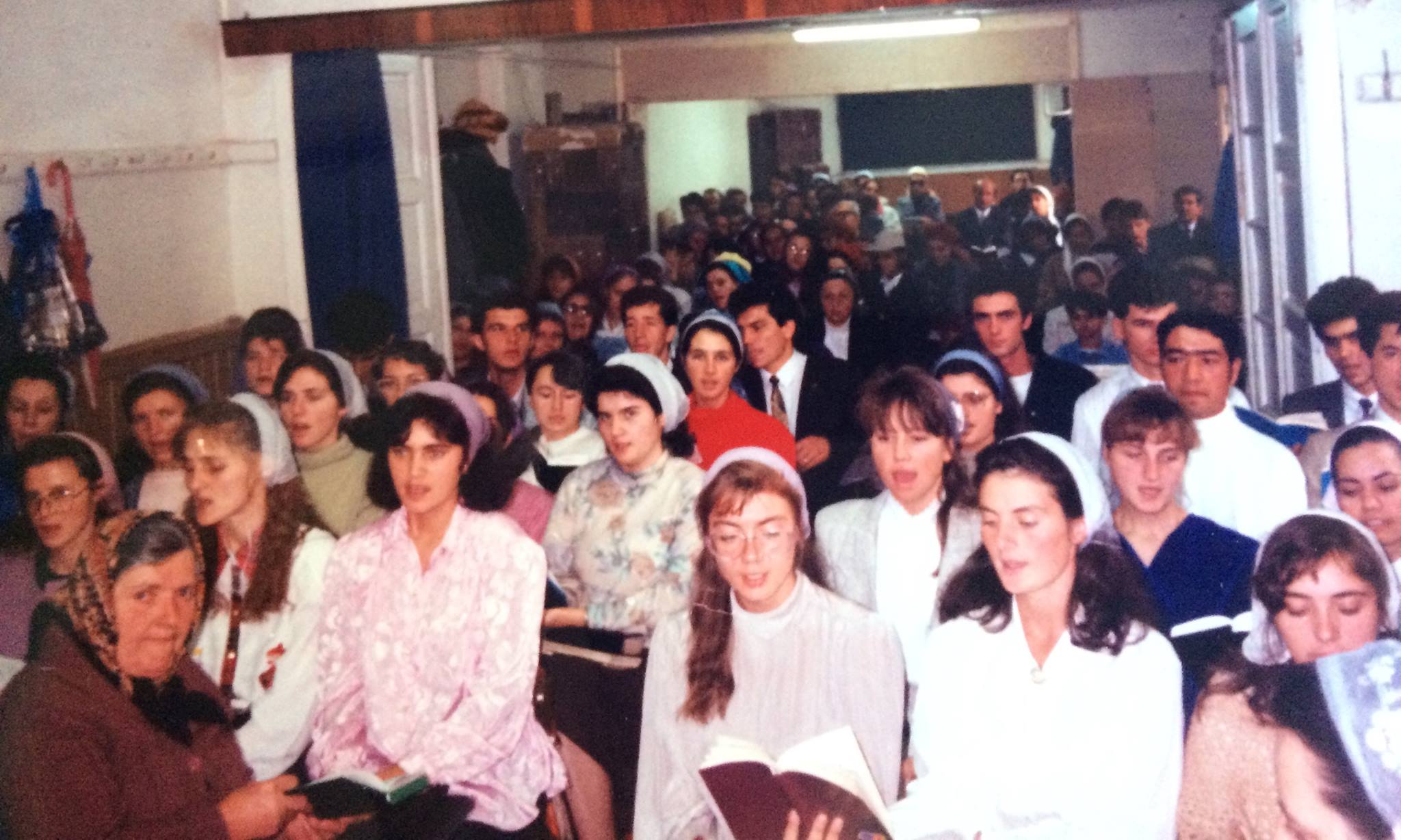 BISERICA CRESTINA DUPA EVANGHELIE DRAGOS VODA IN 1994