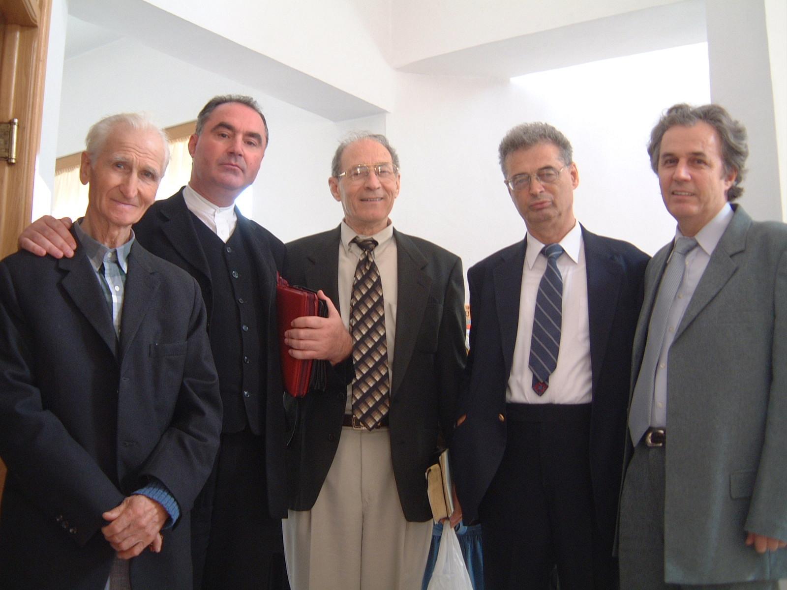 MIHAI WURMBRAND CU IOAN PANICAN SI ALTI OASPETI IN BISERICA CRESTINA DUPA EVANGHELIE ANTIOHIA 28 SEPTEMBRIE 2003